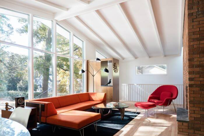 espacio mid century modern